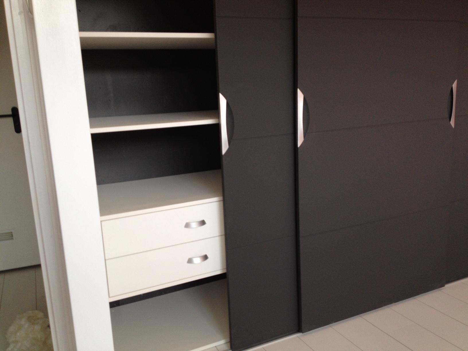 Een greep uit de vele kasten die wij mochten plaatsen de afgelopen maanden 2 gilo kasten 030 for Kleur moderne volwassen kamer