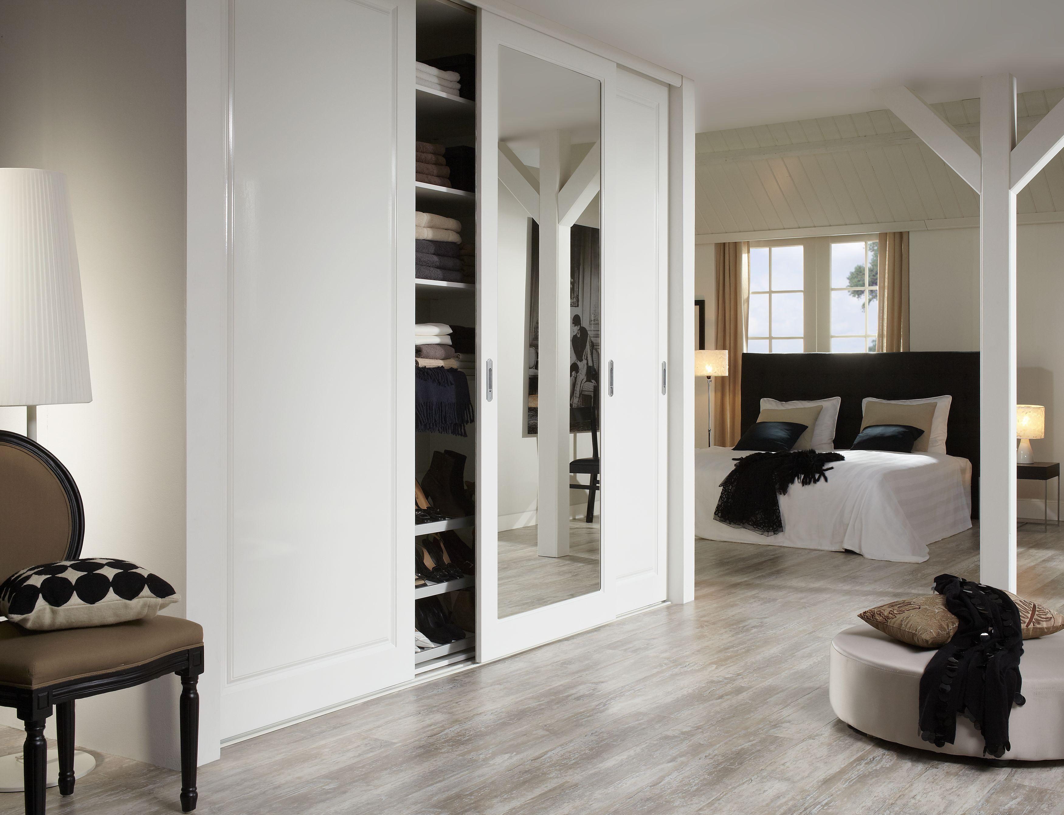 large-Raffito_stijldeur-3-deurs_Torino_spiegel_open
